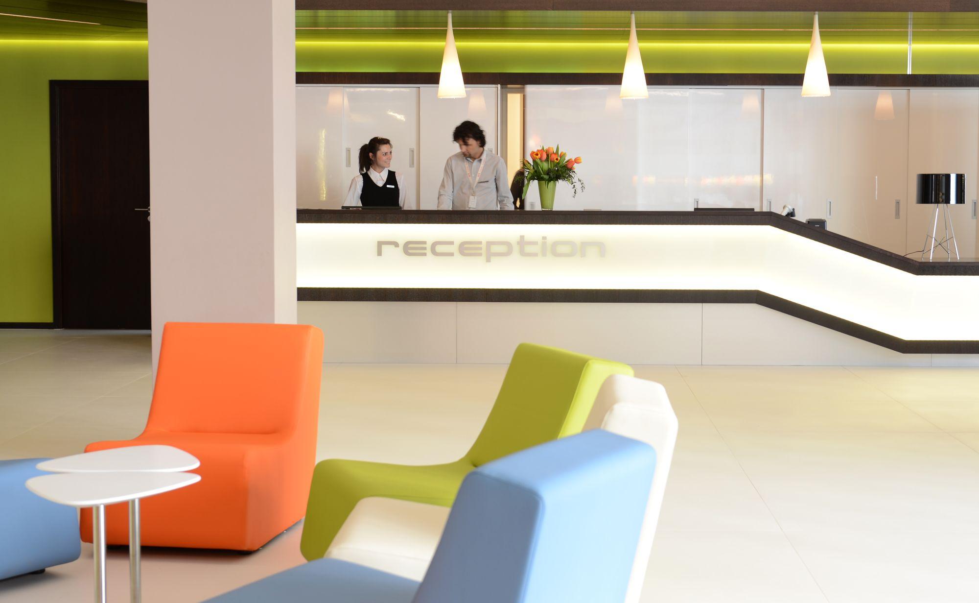 Art Hotel Szeged - Recepció_1