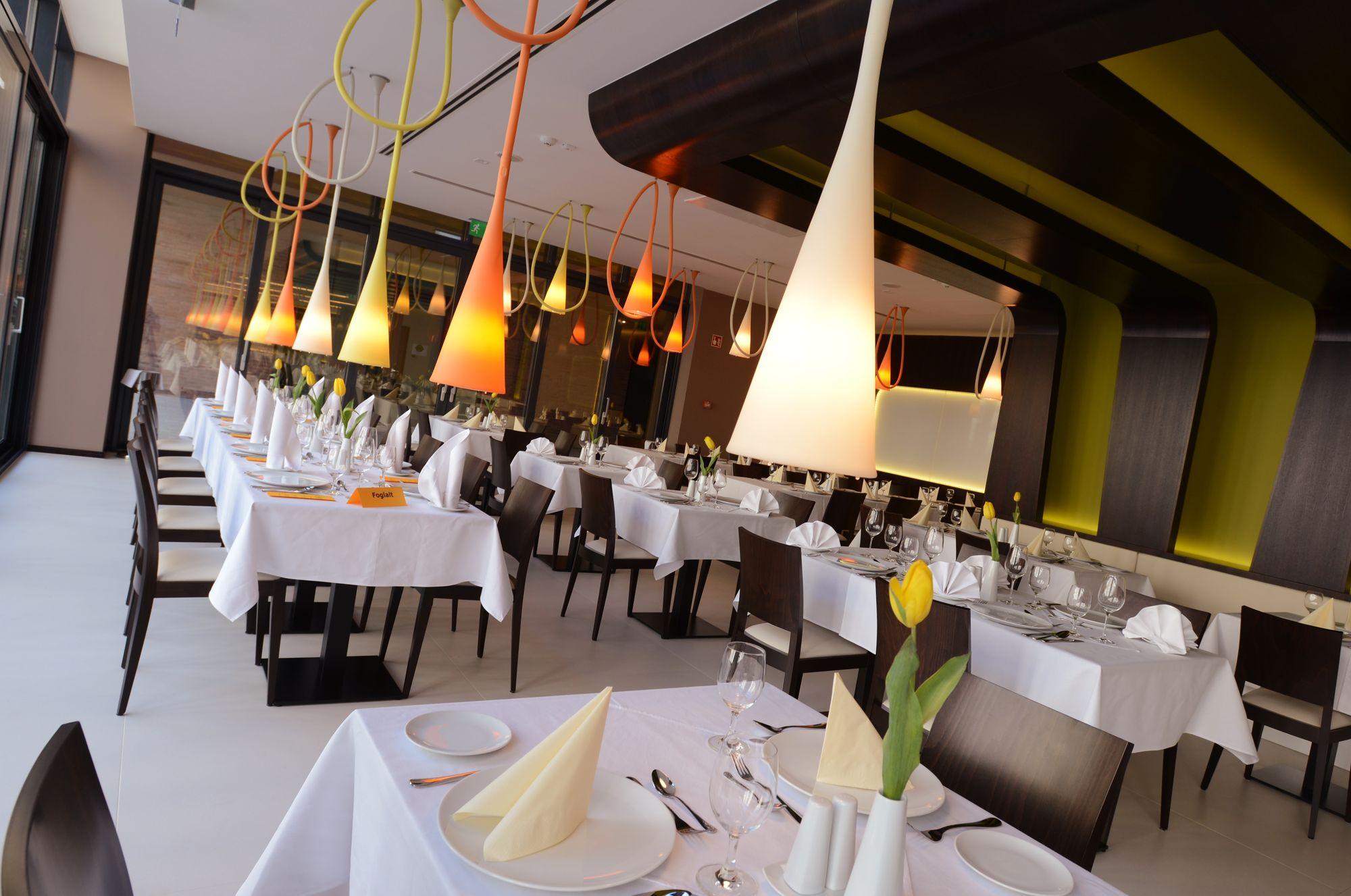 Art Hotel Szeged - Sanzon Restaurant 02_1