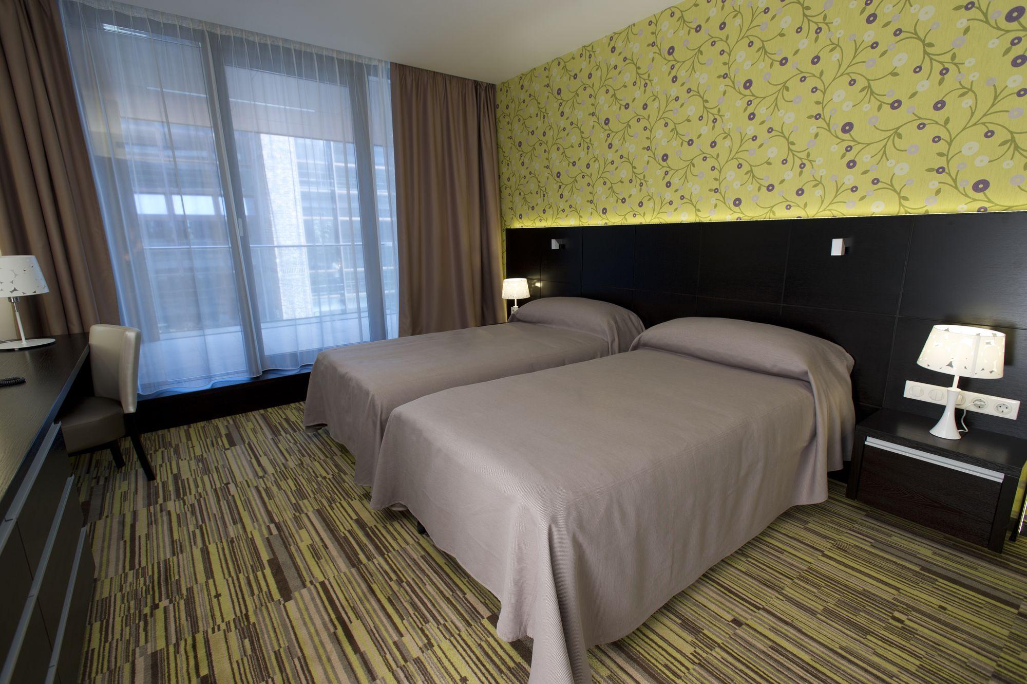 Art Hotel Szeged - Standard erkélyes szoba 01_1